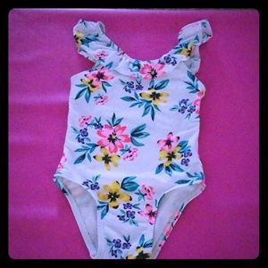 Old navy swimsuit white floral